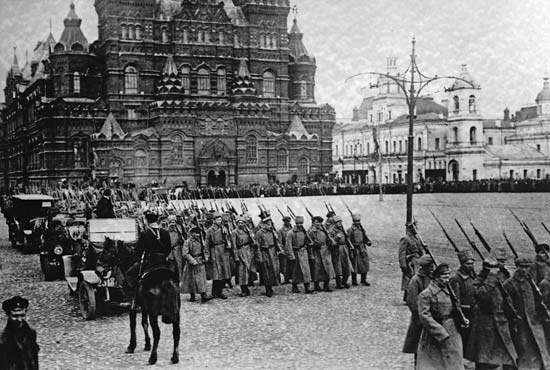 Bolshevik forces marching on Red Square.