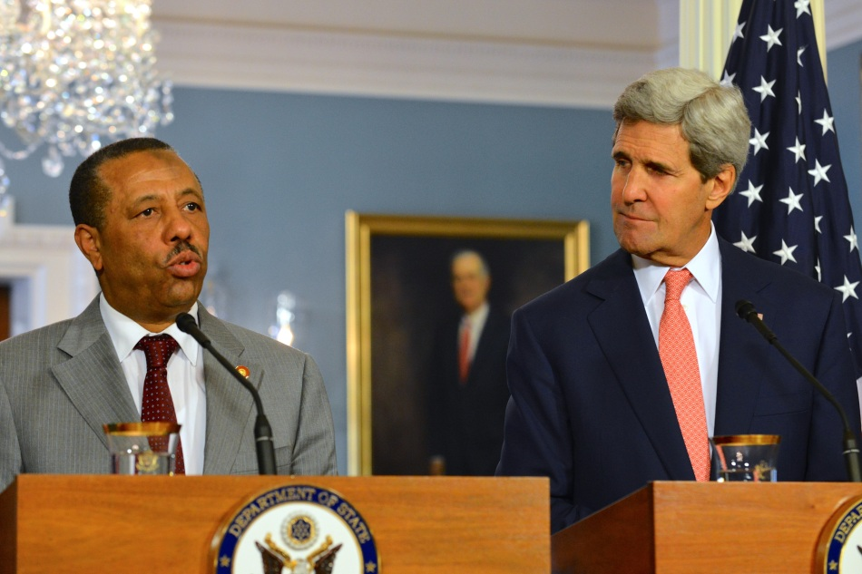 Libyan Prime Minister al-Thinni and US Secretary of State Kerry address reporters, August 2014.