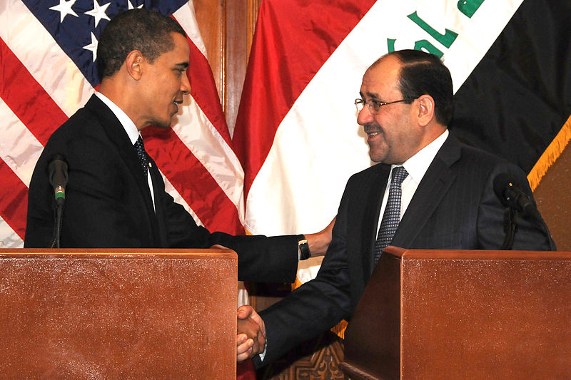 Former Iraqi Prime Minister Nouri al-Maliki shakes hands with US President Barack Obama, April 2009.