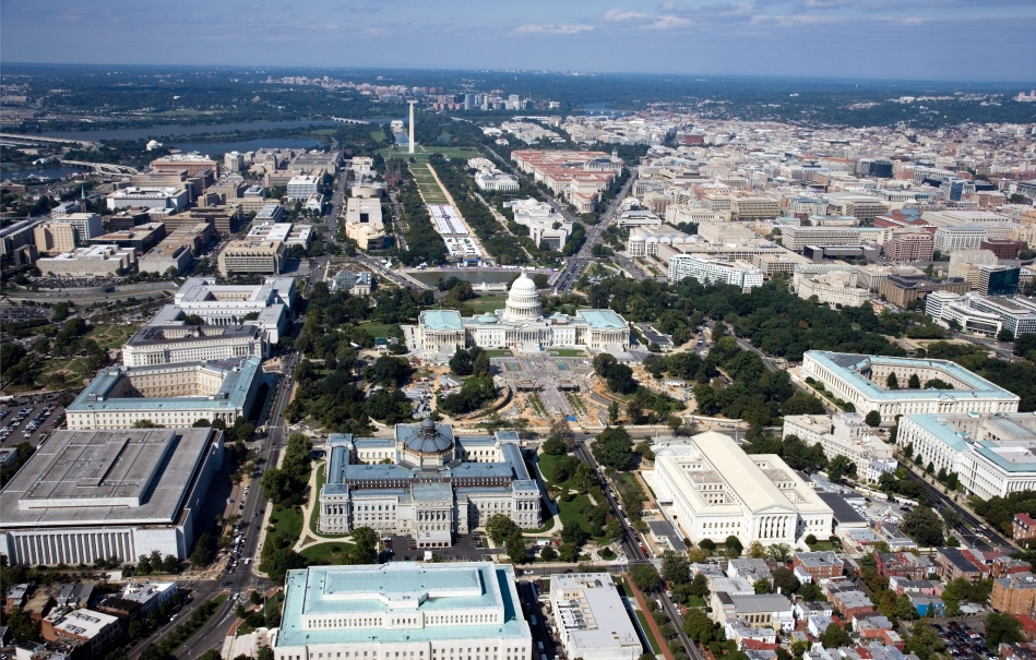 Washington,_D.C._-_2007_aerial_view