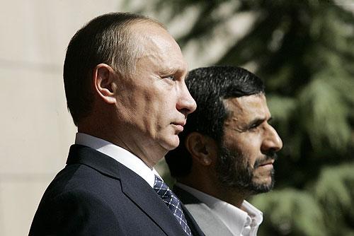 Vladimir_Putin_in_Iran_16-17_October_2007-3-1