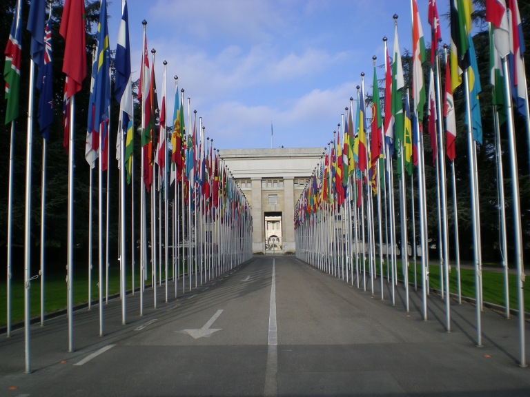 palais-des-nations-geneve-2007