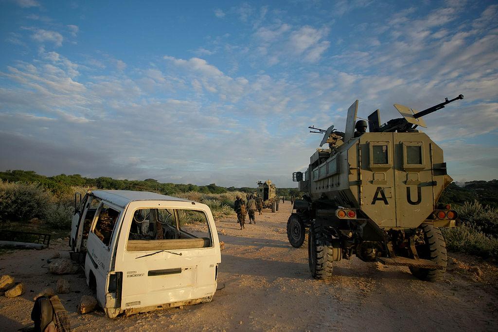 AMISOM_&_Somali_National_Army_operation_to_capture_Afgoye_Corridor_Day_1_01_(7293144058)